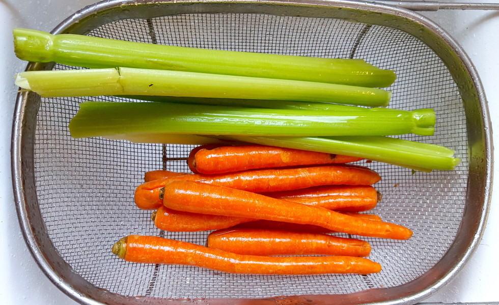 carrotts celery